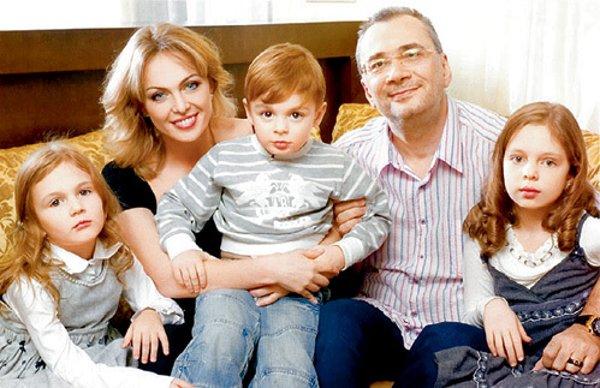 «Во имя чего понадобилось столько поломанных судеб?» Экс-супруга Константина Меладзе откровенно о Вере Брежневой