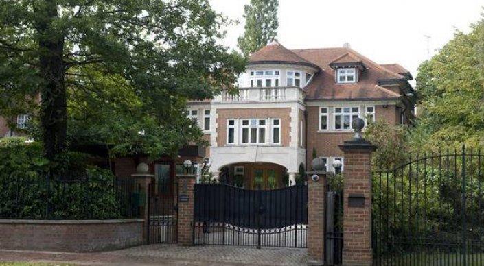 Британия конфискует недвижимость олигархов из России и Центральной Азии - СМИ