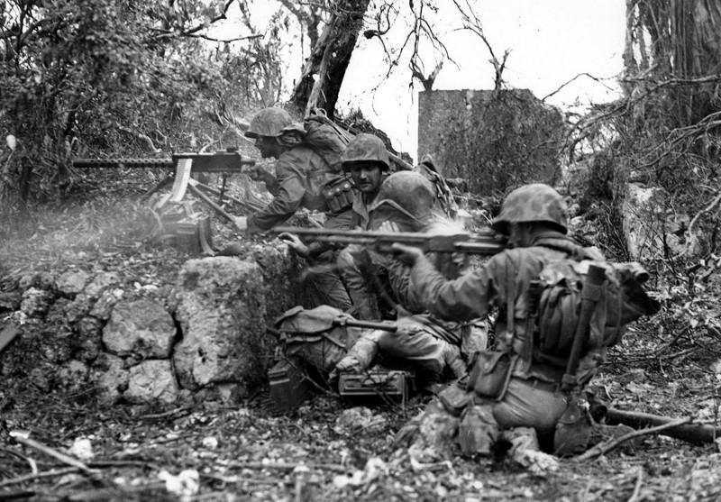 Битва за Пелелиу в фотографиях, 1944 г