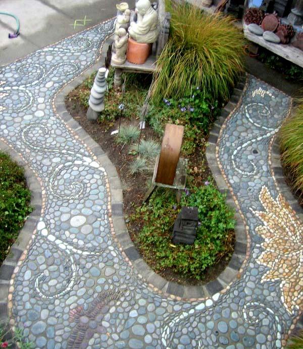 Красивые садовые дорожки с мозаикой из камня