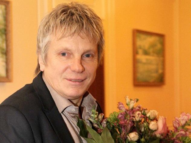 Певец Виктор Салтыков открестился от помощи дочери