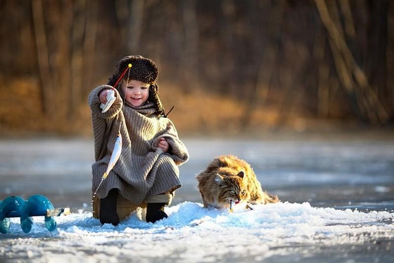 9. Зимняя взаимовыгодная рыбалка. Любовь, дети, животные