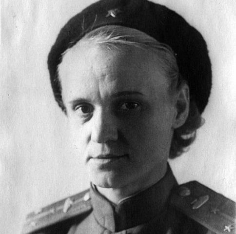 Евгения Кострикова: как дочь Кирова воевала на танке