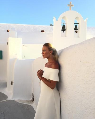 Елена Летучая вышла замуж в Греции?
