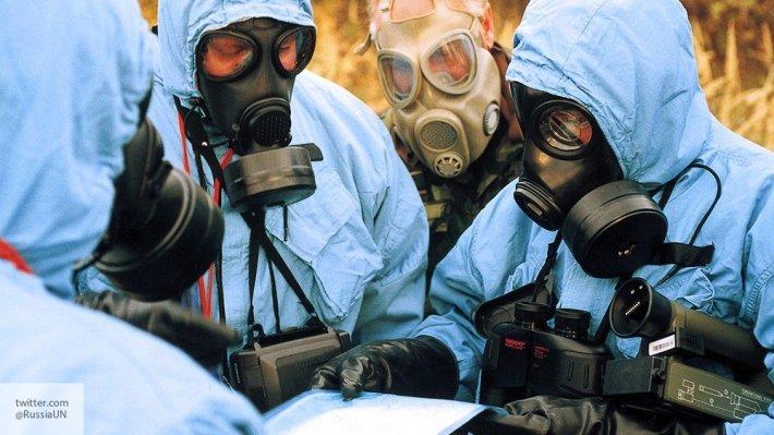 Киев может спланировать химическую атаку по сценарию «белых касок» в Донбассе