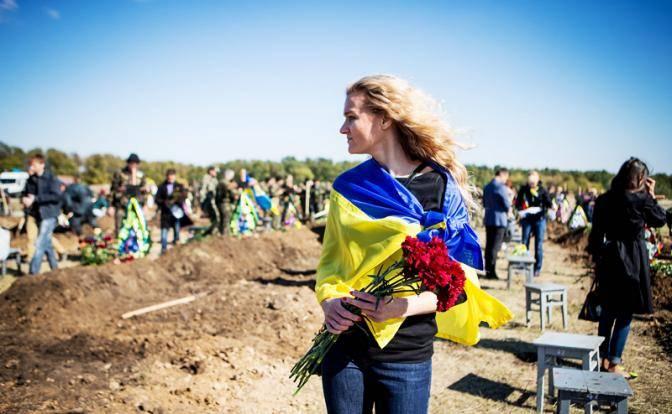 Украину превращают в одно огромное кладбище