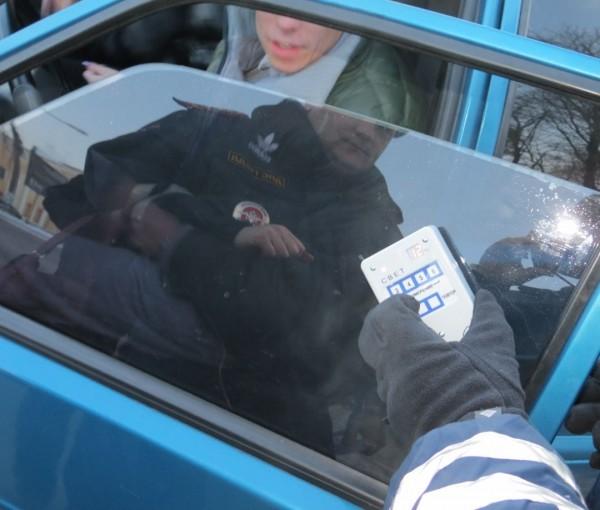 За тонировку стекол придется расстаться с водительским удостоверением авто, законы, пдд