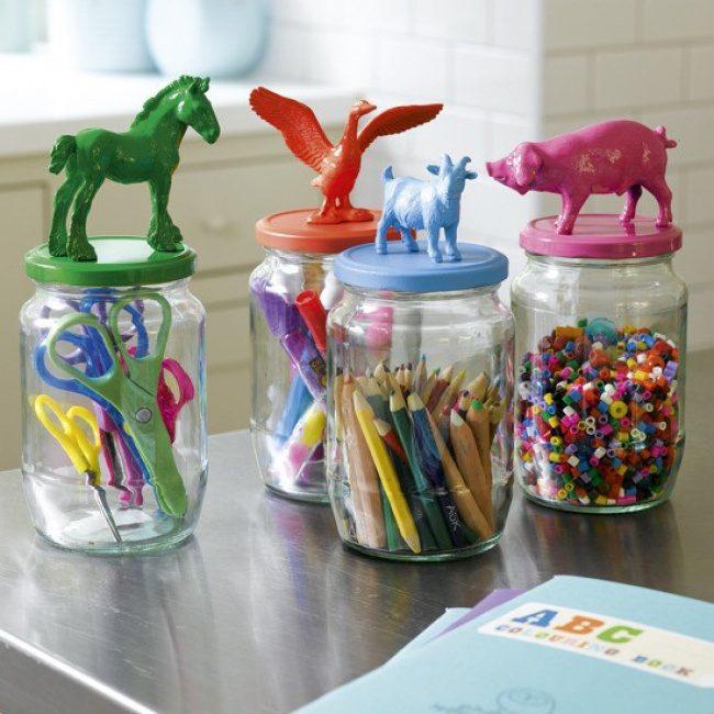 Использование ненужных пластиковых игрушек