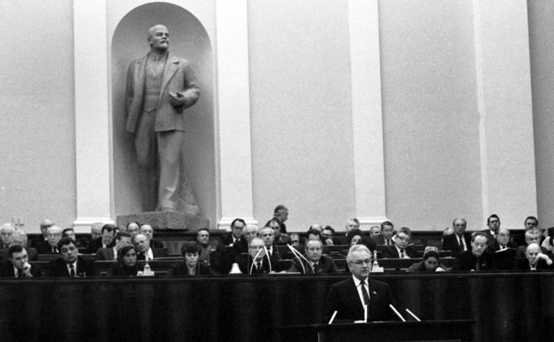 Ошибки молодости: Грешил не со зла - коммунисты заставили