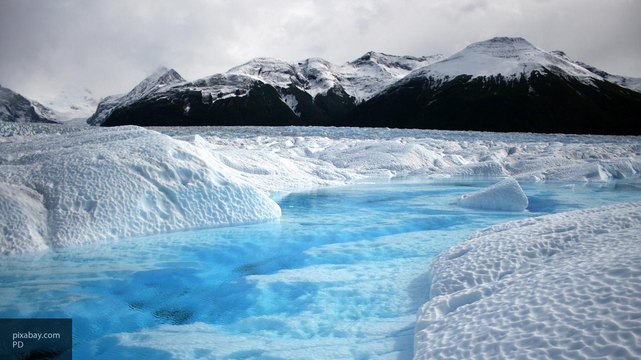 Судно «Андрей Осипов» отправилось в экспедицию по очистке к островам Арктики