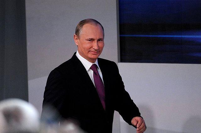 Рейтинг одобрения Владимира Путина вырос до 82%