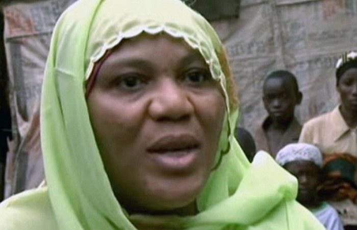 Третья жена Хаджа Хастфат Белло, которая яростно защищает мужа и свою огромную семью.