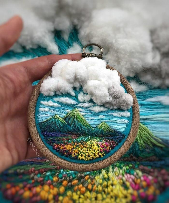 Швея из России создает уникальные пейзажные вышивки