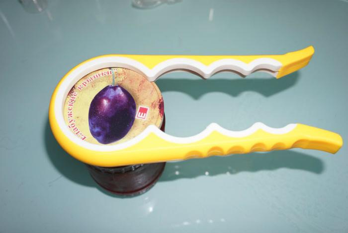Открывалка для банок. | Фото: mysku.me.