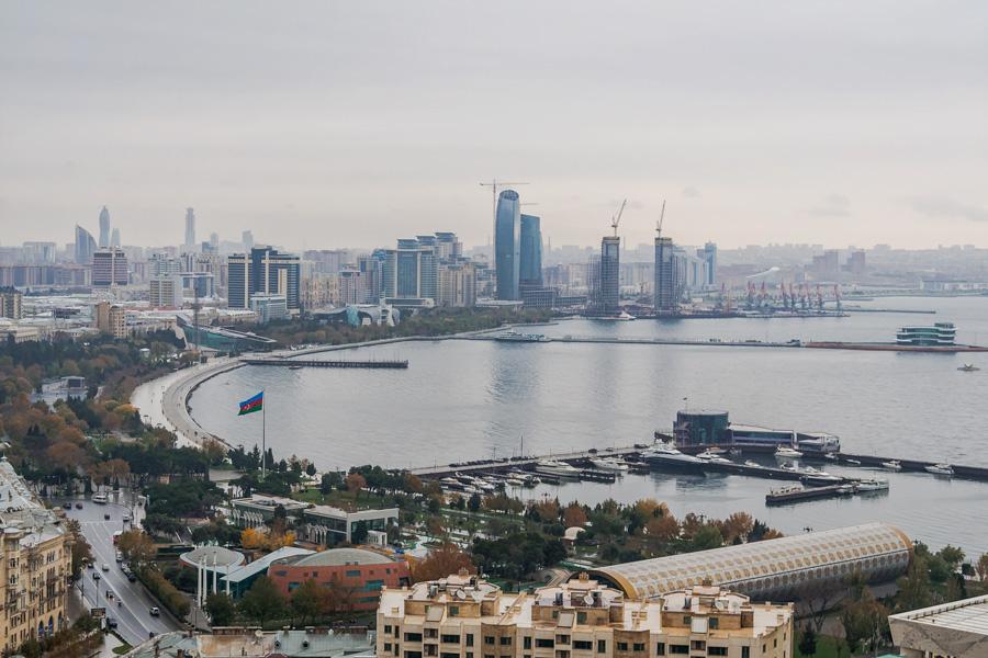 5 минусов Баку