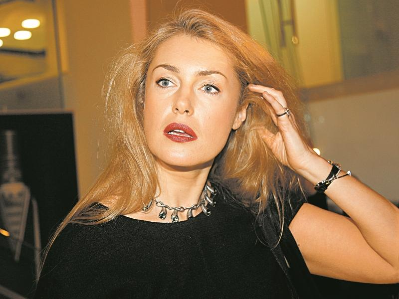 Мария Шукшина попросила Госдуму разобраться с внебрачной дочерью отца