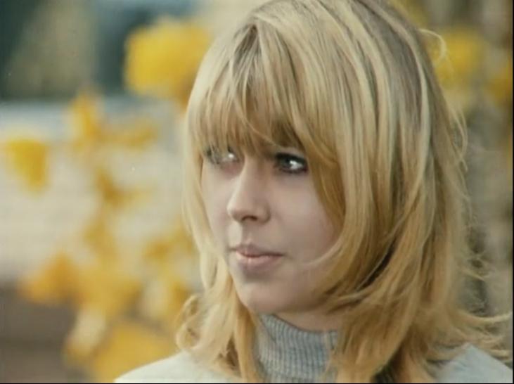 Красивые блондинки советского кино.