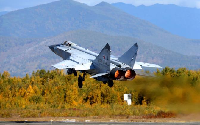 Каким будет российский перехватчик нового поколения МиГ-41