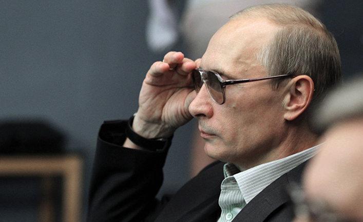 """Китай: """"Его величество Путин"""""""