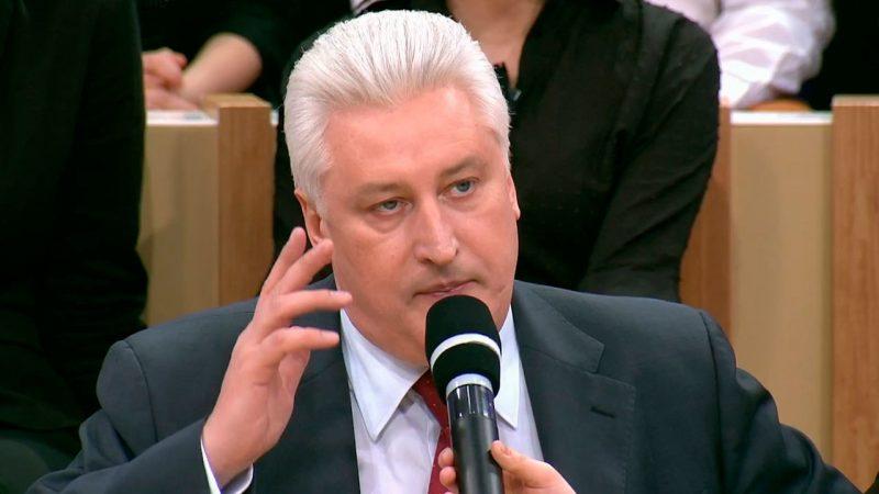 Коротченко раскрыл правду о режиме Порошенко: «Дружба россиян и украинцев опасна для него».