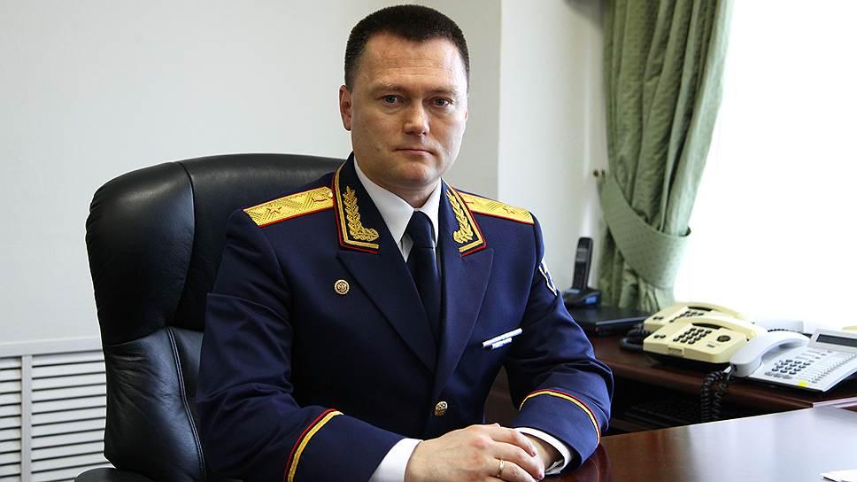 Поговорим о молодых (в 34-35 лет) генералах СК и МВД. ( досье )