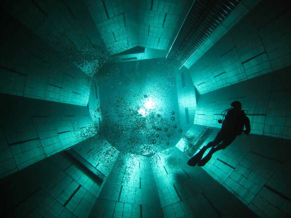 deepest 8 Самый глубокий бассейн в мире