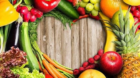 Мифы и правда о ранних фруктах и овощах