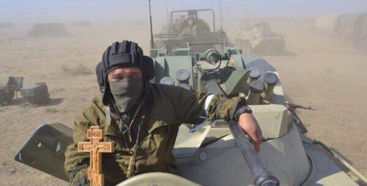12 героев: в Ростов прибыл рейс с погибшими добровольцами