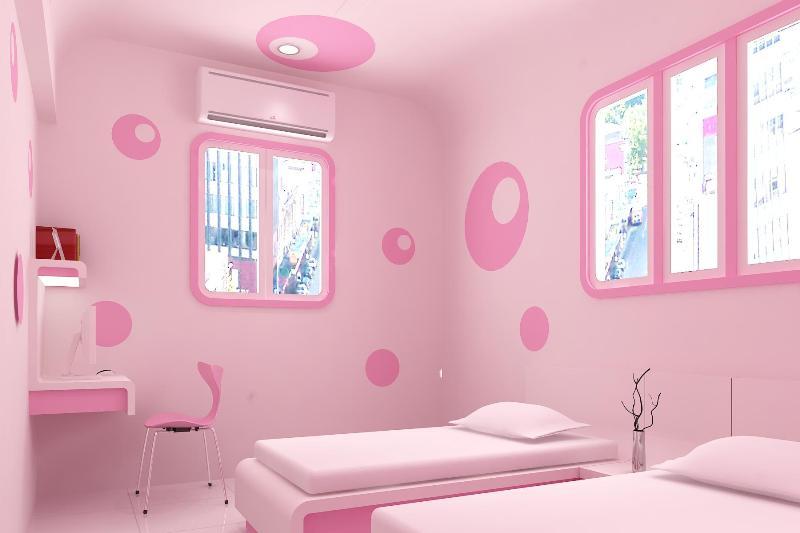 Детская для двух девочек в розовых тонах