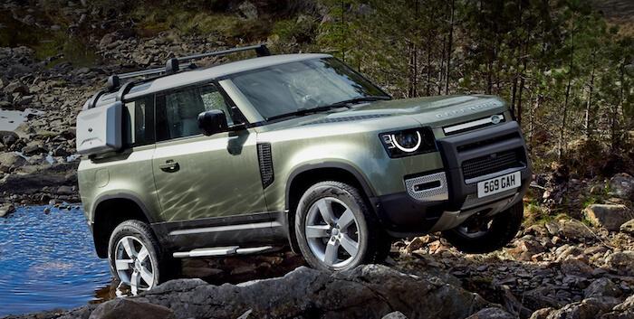 Названа дата появления нового Land Rover Defender в РФ