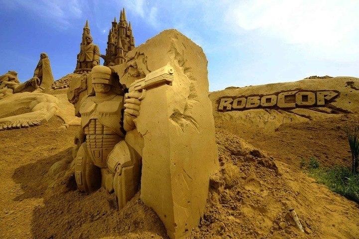 Ежегодный фестиваль песчаных скульптур в Бельгии