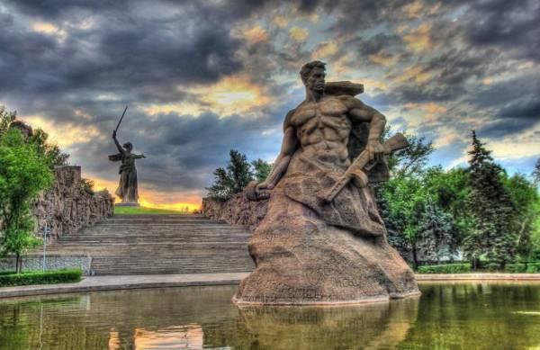 The Saker: Почему Россия не намерена захватывать ни Украину, ни карликовые прибалтийские страны