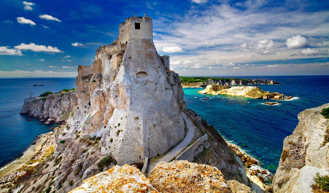 10 небольших итальянских островов, которые стоит посетить летом