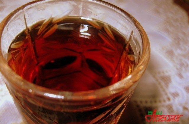Польза спиртовой настойки на гранатовых корках