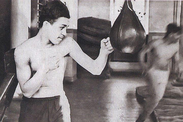 Звезды, которые не стали спортсменами: боксер Кобзон виртуозно проводил апперкот, а у баскетболистки Земфиры был хороший бросок