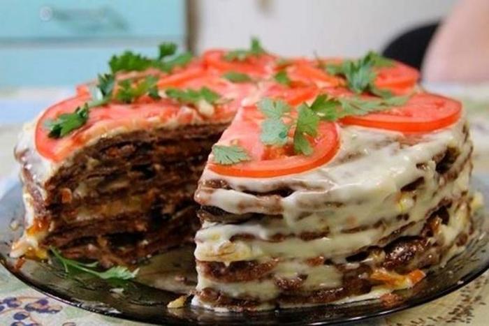 Нежный печёночный торт.  Фото: google.com.
