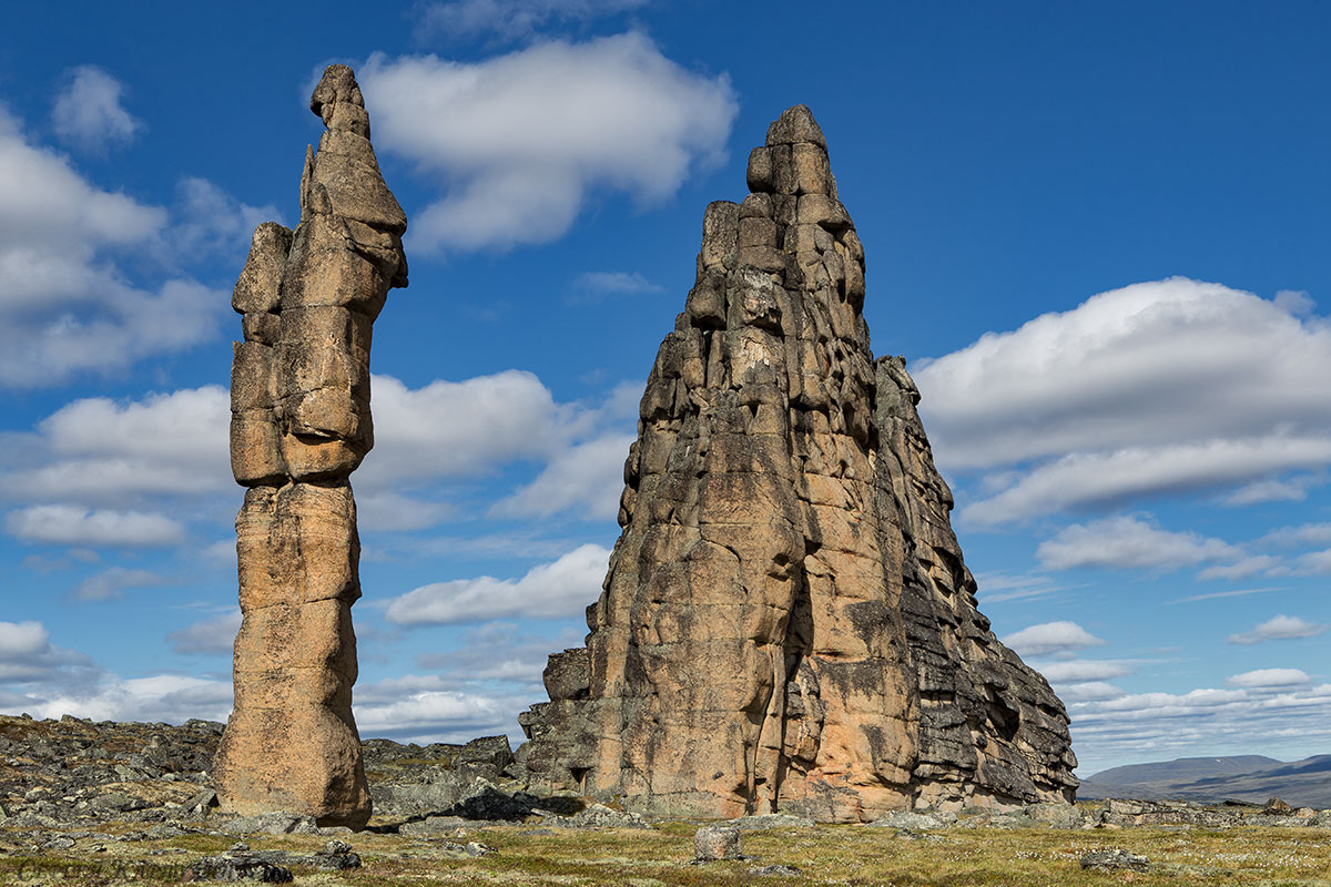 Неизвестные ландшафты планеты. Гранитные города Улахан-Сис