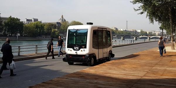 Автономный автобус для Берлина (фото)