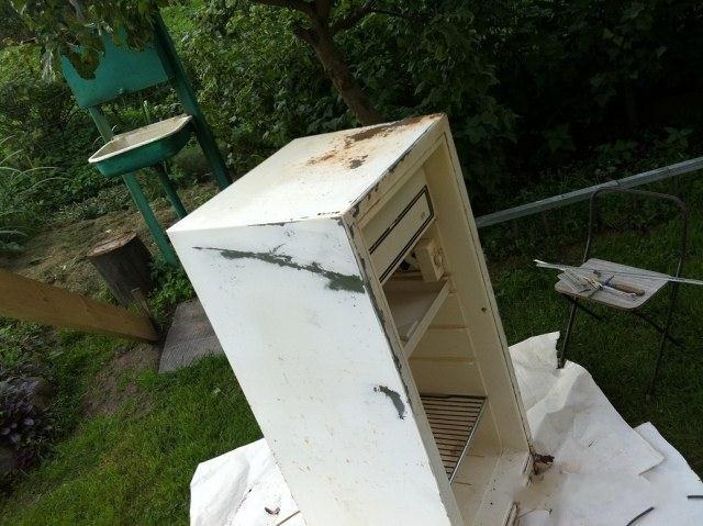 Замечательный тюнинг старого холодильника