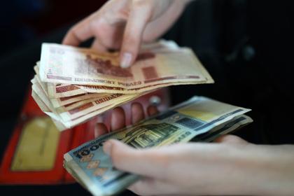 В Белоруссии «налог с тунеядцев» заплатили 10 процентов получивших извещения