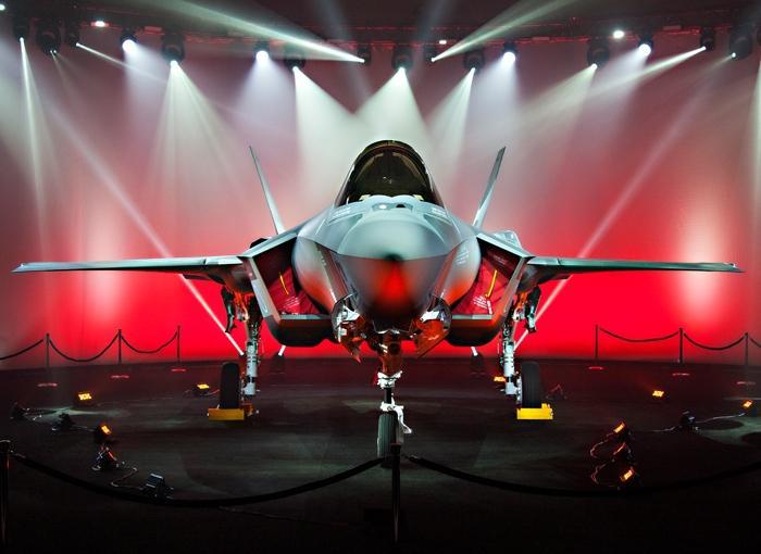 Япония получила первый истребитель F-35A