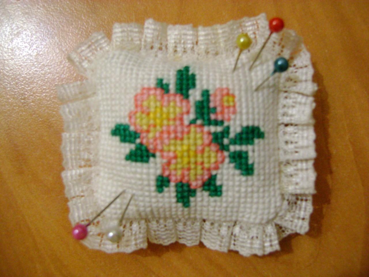 вышивка подушечек для иголок Вам телефоны сайты