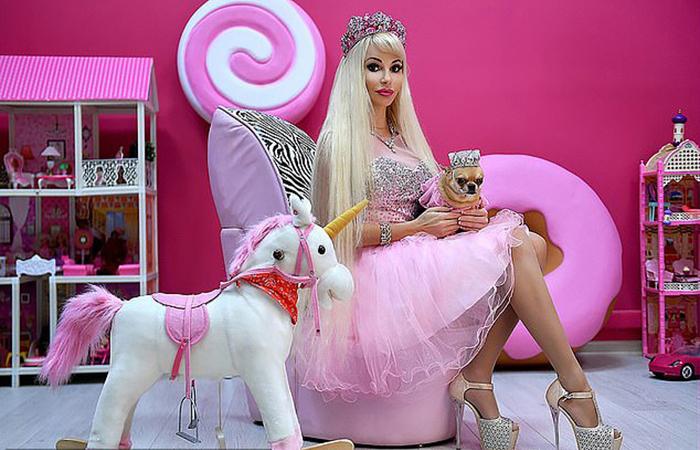 Татьяна Тузова: живая кукла Барби из России