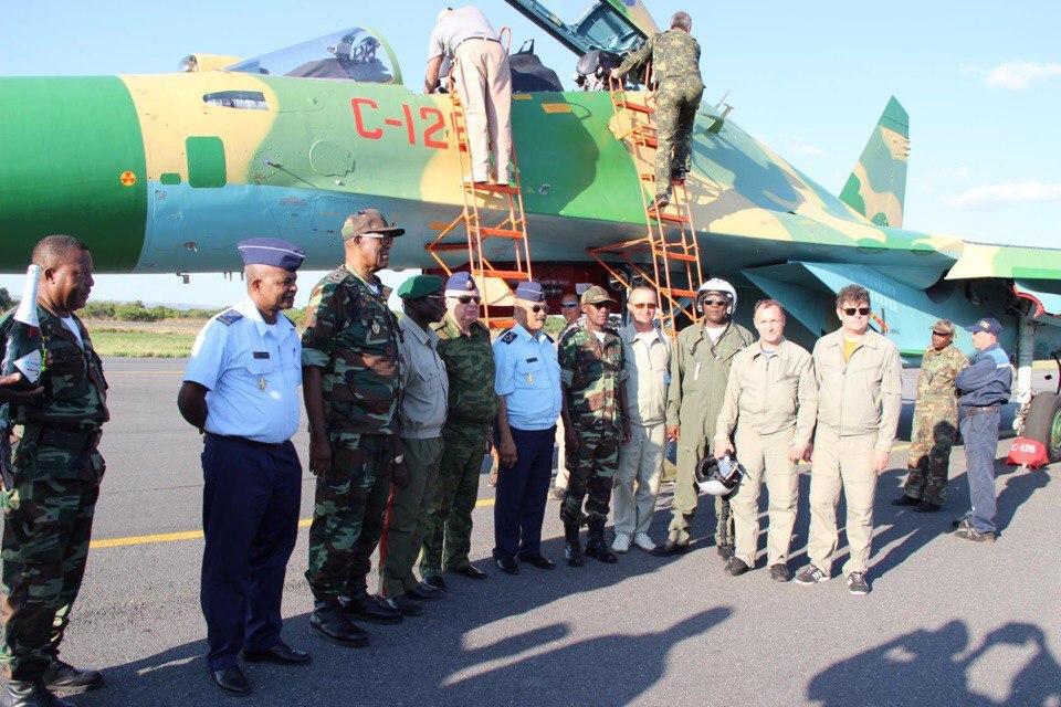 Первые Су-30К в Анголе