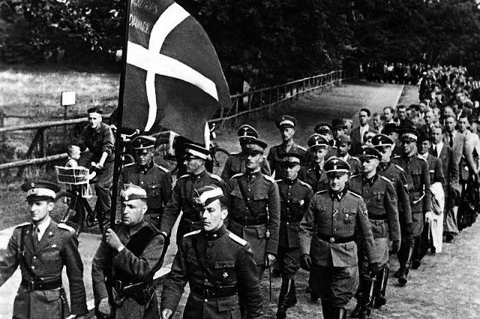 Итальянские фашисты, кровавы…