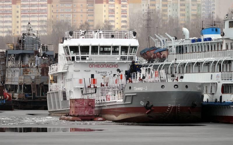 Идём ко дну или дотянем до мели? О ситуации в российском гражданском флоте