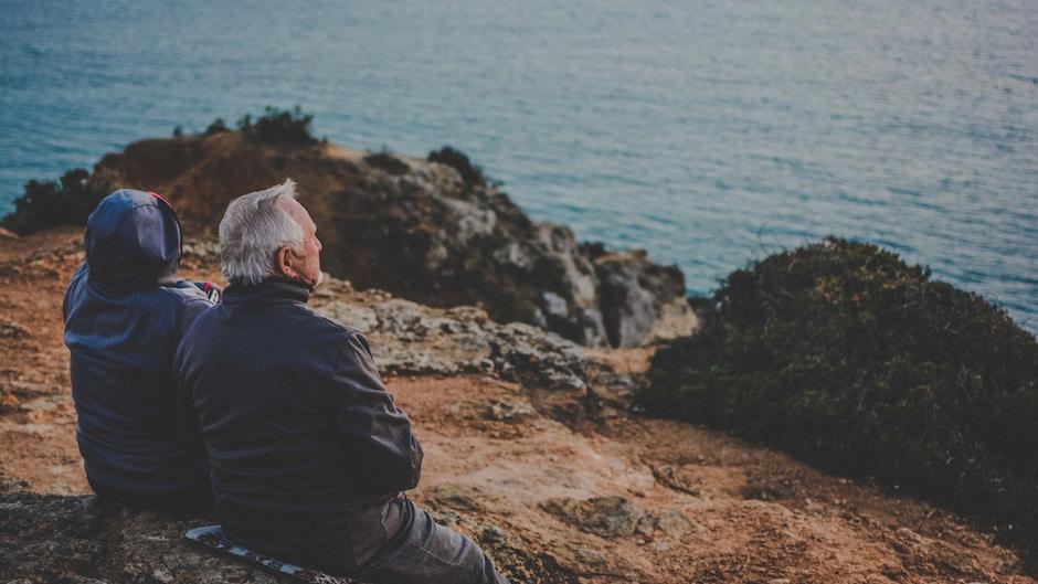 Людям старше 75 рекомендуют не прекращать прием статинов