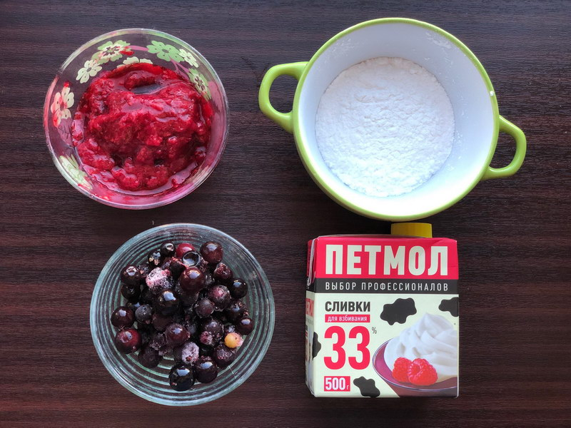 Воздушный рулет с ягодами - отличный рецепт на основе белковой меренги (по вкусу напоминает торт Павлова)