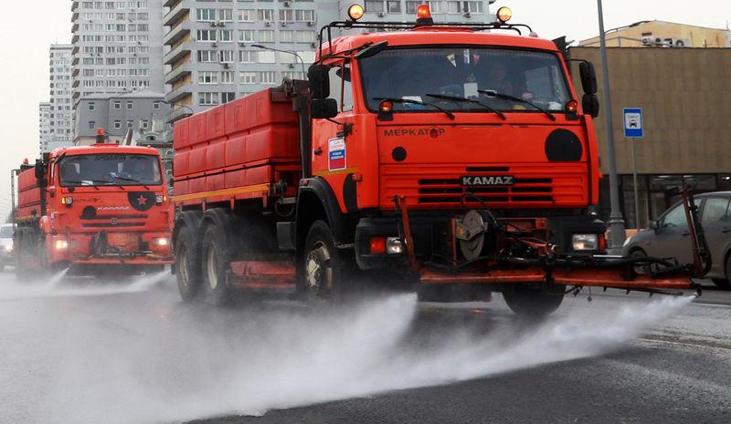 На трассе Ростов — Таганрог из-за жары расплавился асфальт