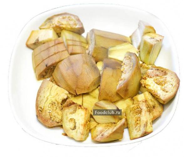 Чесночно-ореховый салат с баклажанами и перцем (этап 1)